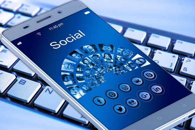 social media marketing assicuratori